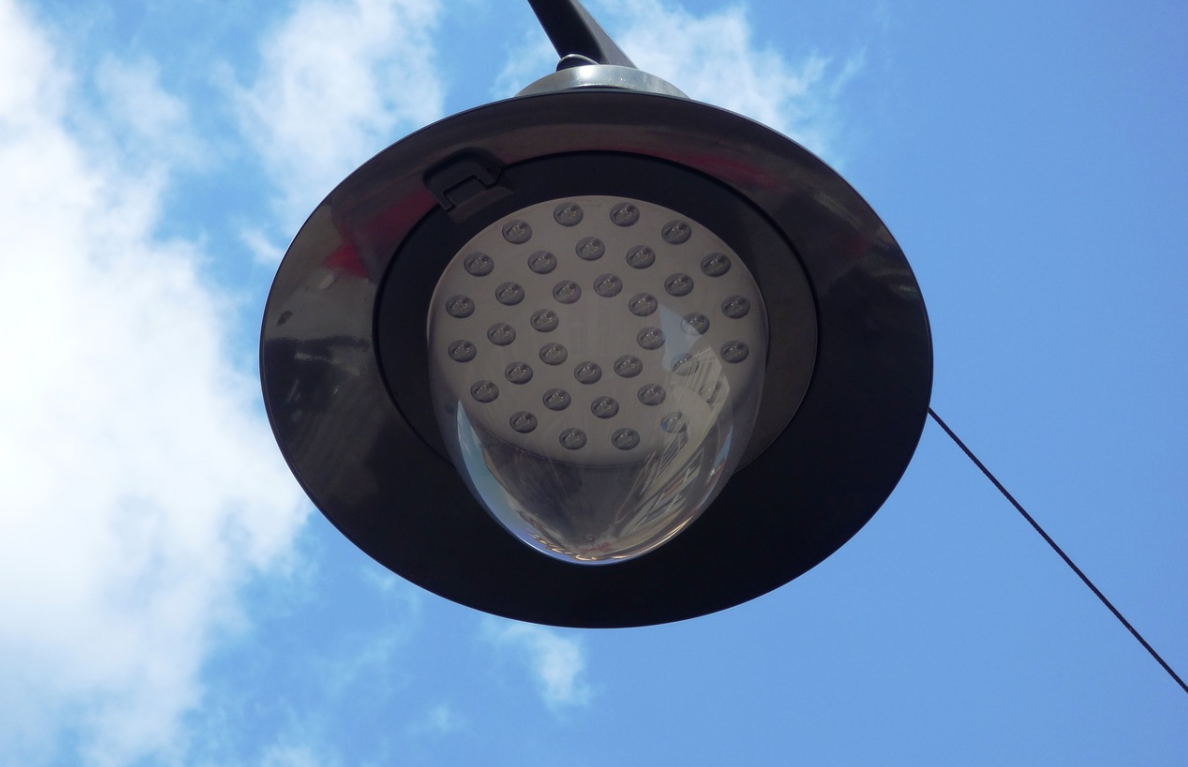 LED žárovky nestmívací